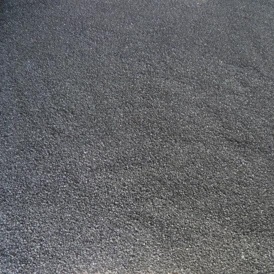 Korrel tapijt verwijderen met cementdekvloer en vloerverwarming verwijderen